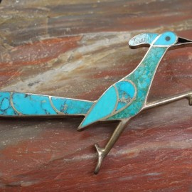 Accessorizing with Zoology: Beautiful Brooches Featuring Animals