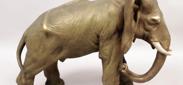 Lucky, Gentle Giants: Collecting Elephants